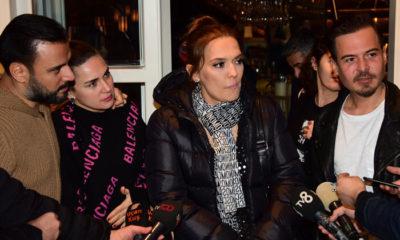 DJ Emre Kınay yeni yaşını arkadaşlarıyla kutladı
