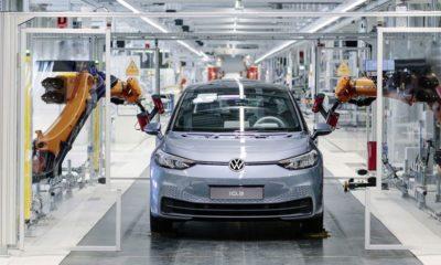VW elektrikli planlarını öne çekti