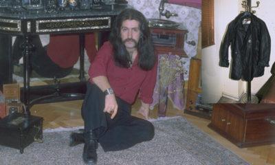 Barış Manço aramızdan ayrılalı tam 21 yıl oldu: O ceketi stüdyoda unutmuştu, bir daha hiç alamadı
