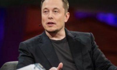 Elon Musk: Facebook'u silin gitsin