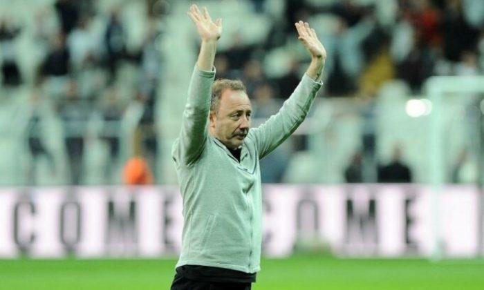 Beşiktaş'ta dört koldan transfer harekatı