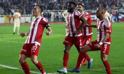 Sivasspor iç sahadaki yenilmezlik serisini sürdürdü