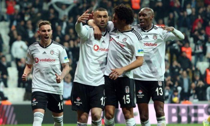 Beşiktaş'ta indirim elçisi Burak Yılmaz