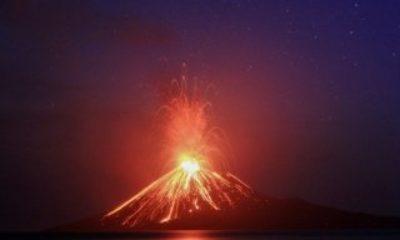 NASA, Krakatoa Yanardağı'nın patlama anını uzaydan görüntüledi