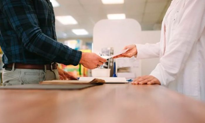 Sağlık Bakanlığı Açıkladı! 'Kağıt Reçeteler Asgari Düzeyde Kullanılacak'