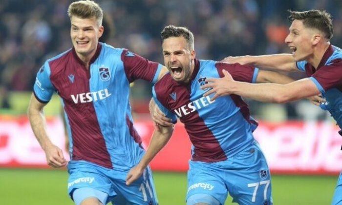 Trabzonspor evinde kükrüyor!