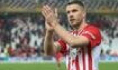 """Lukas Podolski: """"Başka takımlardan da teklif aldım"""""""