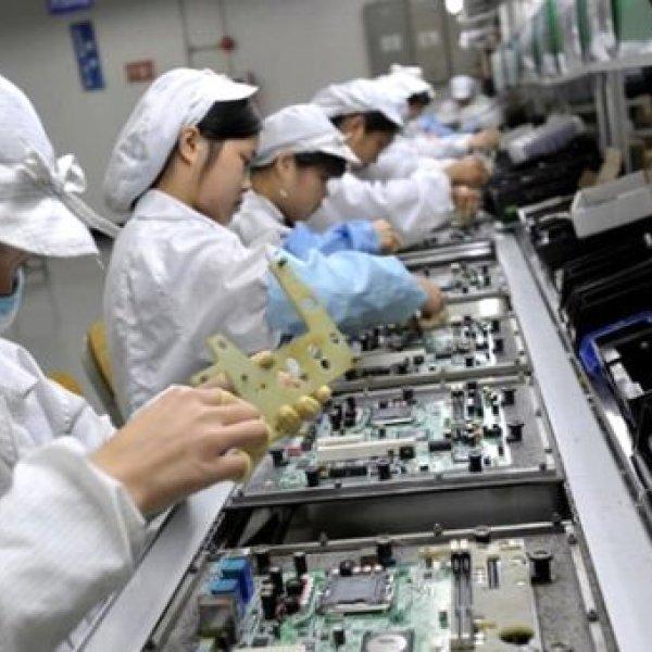 Apple tedarikçisi Foxconn'un gelirleri dibe vurdu