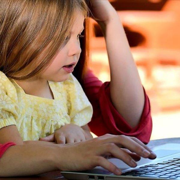 İnternet bağımlısı olmamak için ortak bilgisayar çağrısı
