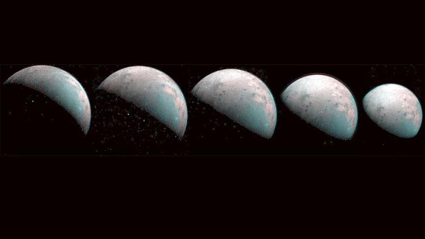 Jüpiter'in uydusunun buzla kaplı kuzey kutbu görüntülendi #1
