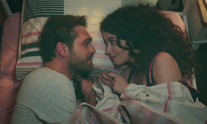 Çatı Katı Aşk son bölümün tamamı yayınlandı – Çatı Katı Aşk 6. Bölüm full izle
