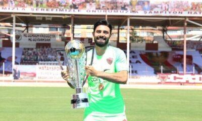 Hatayspor'da 3 futbolcu takımdan ayrıldı