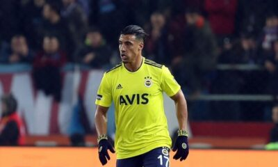 Fenerbahçe'de Nabil Dirar yol ayrımında
