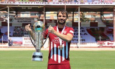 Hatayspor'da 1 yıllık imza atıldı