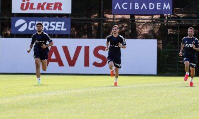 Fenerbahçe'de 2 isim koronavirüs pozitif çıktı