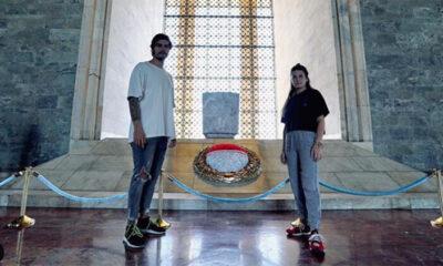 Nisa Bölükbaşı ile Barış Murat Yağcı'dan Anıtkabir ziyareti Geldik Atam