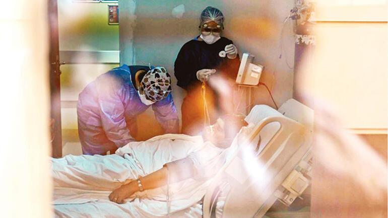 Önlemleri hafiflettiniz mi? Bu haberi okuduktan sonra bir daha düşüneceksiniz! Koronavirüslü bir hasta yoğun bakımda neler yaşıyor?