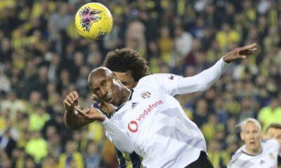 Fenerbahçe – Beşiktaş derbilerinde kartlar havada uçuşuyor!