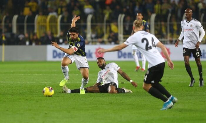 Fenerbahçe Kadıköy'de Beşiktaş'a yenilmiyor