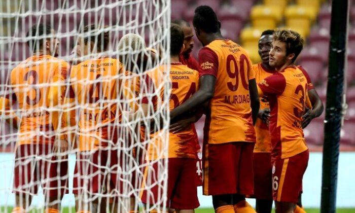 Galatasaray'da Saracchi transferi için gözler Angelino'da