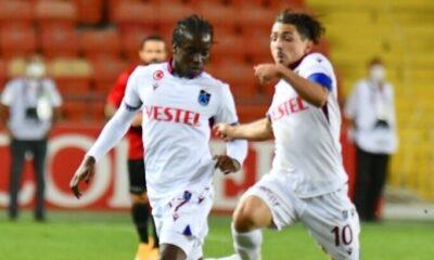 Trabzonspor'dan ayrıldı, ülkesine gitti