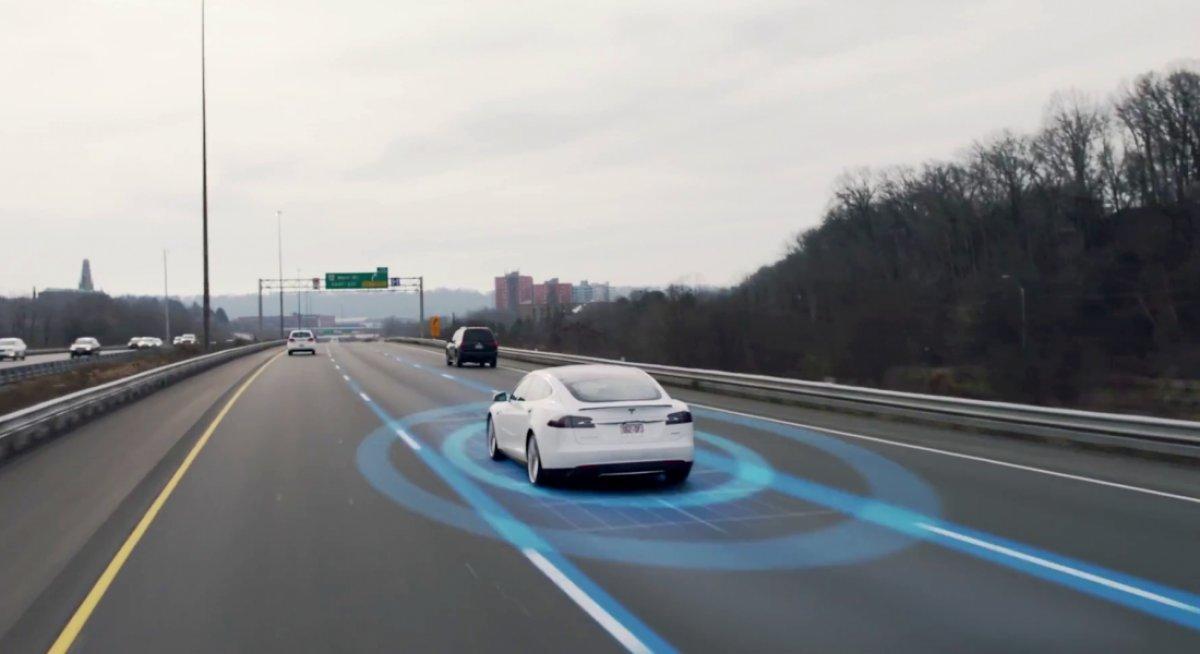 Almanya, otonom araçların trafiğe çıkmasına izin verecek