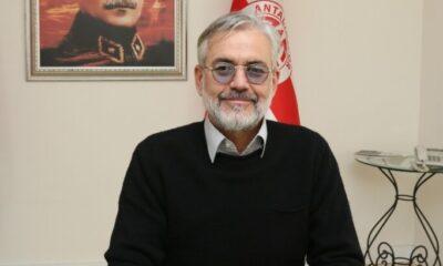 Antalyaspor başkanı görevi bıraktı!