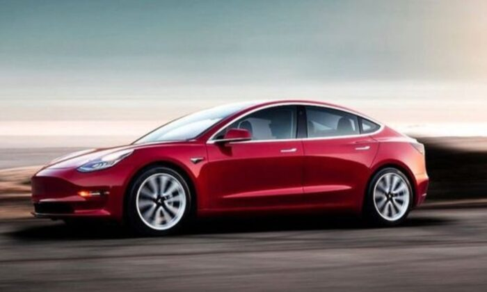 Tesla resmen Hindistan pazarında: İlk şirketini tescil etti