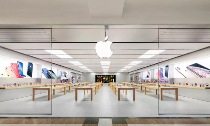 Apple, bir yıl aradan sonra ABD'deki tüm mağazalarını açtı