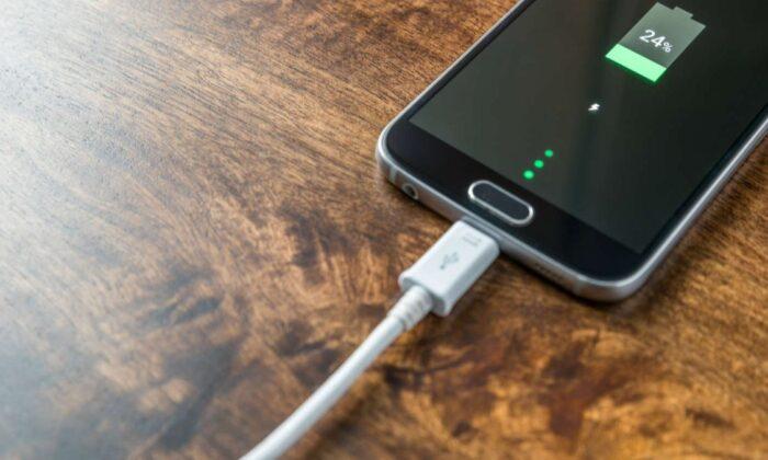 Birkaç dakikada tam şarj: Xiaomi'den 200W hızlı şarj destekli telefon