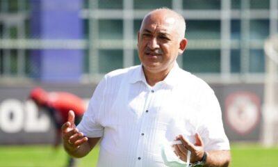 """Mehmet Büyükekşi: """"Sa Pinto'ya inanıyoruz"""""""