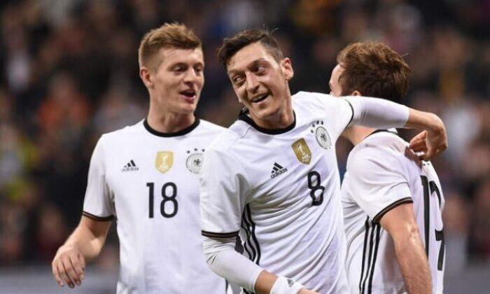 Kroos'tan Özil'e Milli takım tepkisi