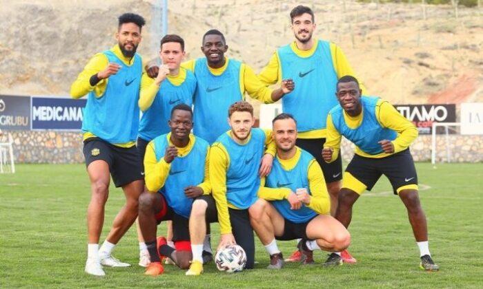 Yeni Malatyaspor'da 4 vaka birden!